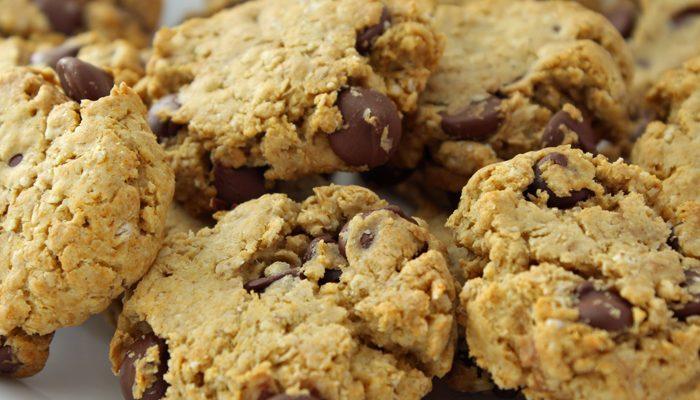 Oatmeal Flax Chocolate Chip Cookies