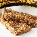 Healthy Peanut Butter and Jelly Oat Bars