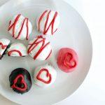 3 Ingredient Valentine Oreo Truffles